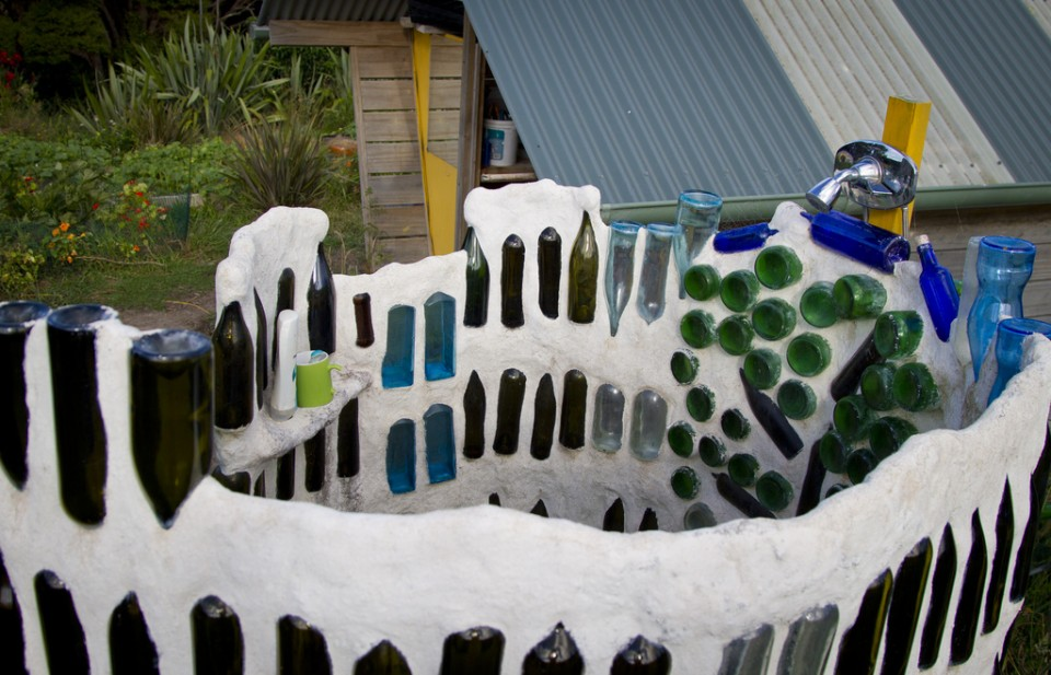 bottle wall top